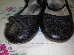 Чёрные туфли с бантиками