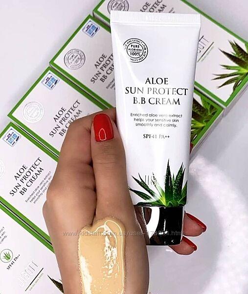 Солнцезащитный ВВ-крем с алое Jigott Aloe Sun Protect BB Cream SPF41 PA