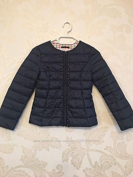 Куртка для девочки 7-8 лет фирма SISLEY