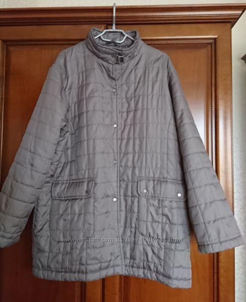 легкая куртка carla faustini демисезонная на кнопках в стиле casual