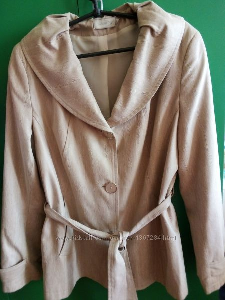 Куртка женская, размер 48