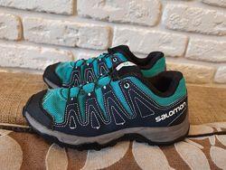 Классные кроссовки Salomon ориг. Размер 33-34 21,5 см.