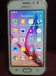 телефон Samsung Galaxy J1 Ace