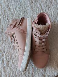 Кеди, черевички