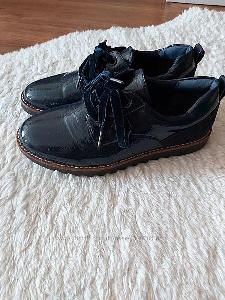 Лофери, туфлі Reserved