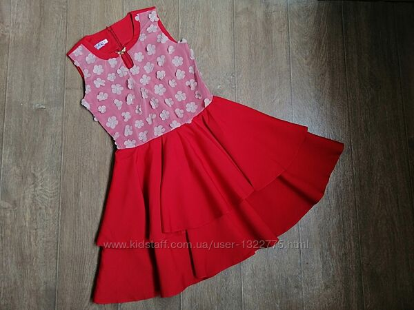 Нарядное красное платье с двойной юбкой, ткань костюмка, на рост 140-158