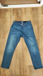 Легкие джинсы H&M