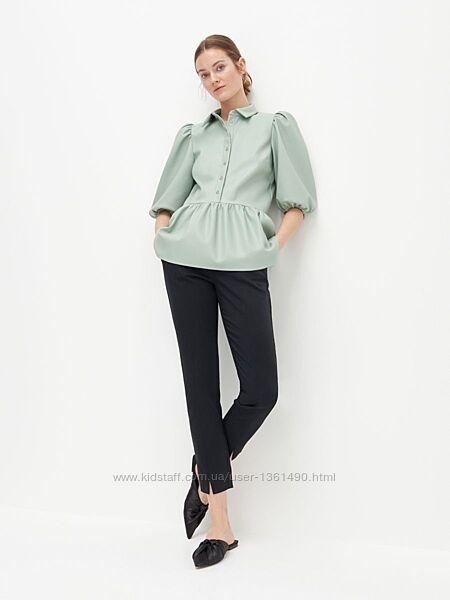 Элегантная блуза из экокожи