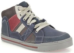 Шкіряні черевики Clarks Beven Free