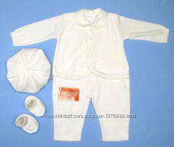 Белый мягенький велюровый комплект для крещения мальчика на 0-6 мес.