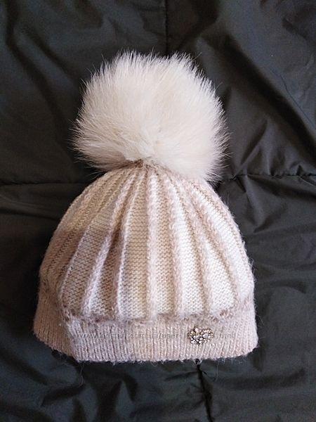 Зимняя шапка с натуральным помпоном 2-4 года