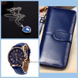 Идея для подарка Клатч часы кулончик