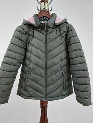 Фирменная куртка colin&acutes оливкового цвета внутри пудра