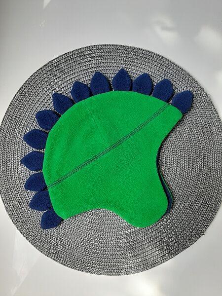 Флисовая шапка динозавр демисезонная