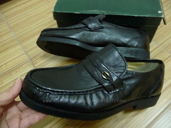 Фирменные туфли . 42 . Италия.