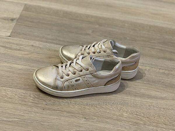 Кожаные туфли кроссовки Lasocki