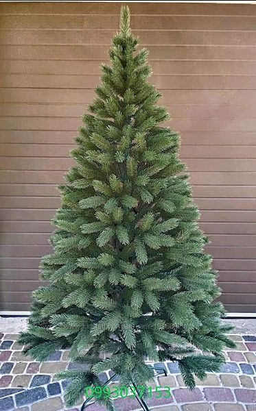 Искусственная зеленая елка Буковинская   литая