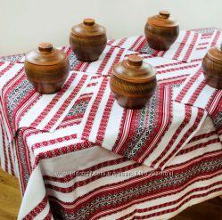 Скатертина в українському стилі