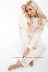 Уютная пижама молочного цвета