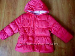 Яркая розовая курточка демисезонная для девочки