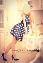 Нарядное атласное платье