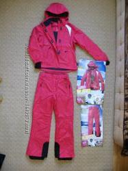 Фирменные женские лыжные костюмы