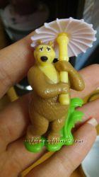 Kinder игрушка Медведь, из мультфильма Маша и Медведь