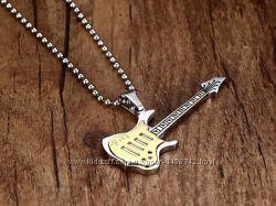 Цепочка с кулоном Гитара