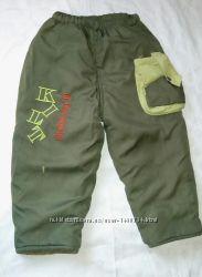 Зимние штаны на Синтепоне. Очень теплые . Для ребенка 2-3 года.