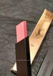 Матовая помада для губ Yves Saint Laurent Rouge Pur Couture The Slim 24