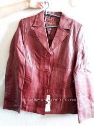 Продам кожаные женские куртки