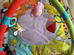 Развивающий коврик Taf Toys В кругу друзей от 0 месяцев