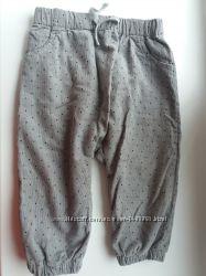 Продам новые штаны штанишки джынсы фирмы H&M для девочки 9-12 мес.