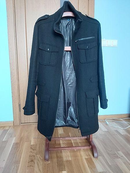 Пальто Celio размер XL.