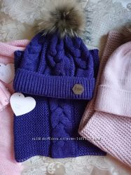 Вязаный комплект шапка с натуральным помпоном и снуд разные модели в наличи