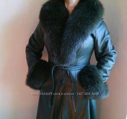 Кожаное макси пальто плащ с мехом песца хаки натуральная кожа песец tavana