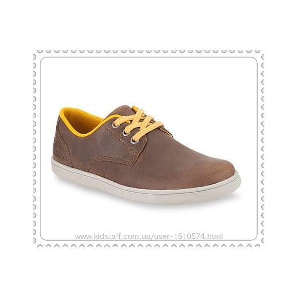 Clarks мальчиковые  кожаные туфли размер 29.5, 33.5