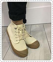 Clarks женские  замшевые ботинки р.35.5, 36, 37, 37.5 оригинал