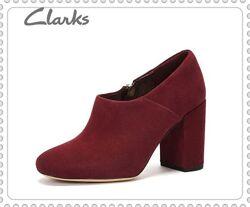 Clarks оригинал замшевые ботинки р.35.5,37,37.5,38,38.5/39,39.5