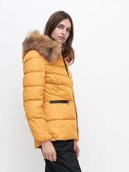 Женская новая желтая куртка reserved размер хс-с