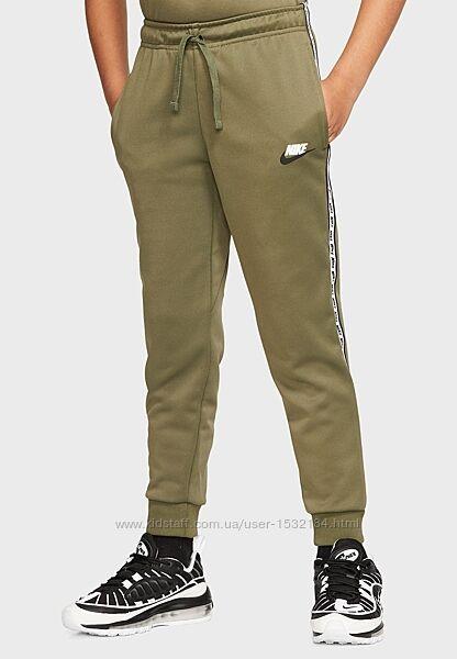 Спортивные штаны nike 8-9л