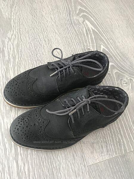 Кожаные туфли Next  на мальчика EU 32