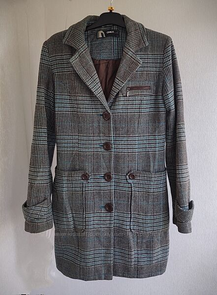 Стильное женское пальто в клетку Only