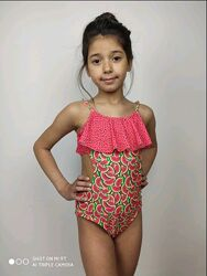 Яскравий суцільний купальник на дівчинку