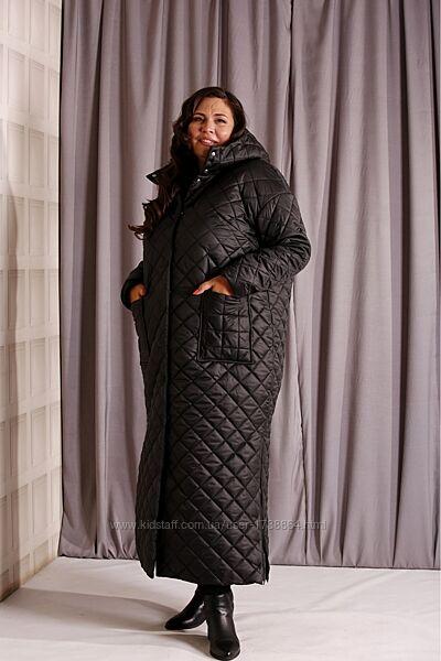 Женское демисезонное стеганое пальто с капюшоном размеры 42-74