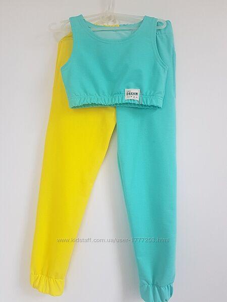 Модные двухцветные и другие костюмы с топом