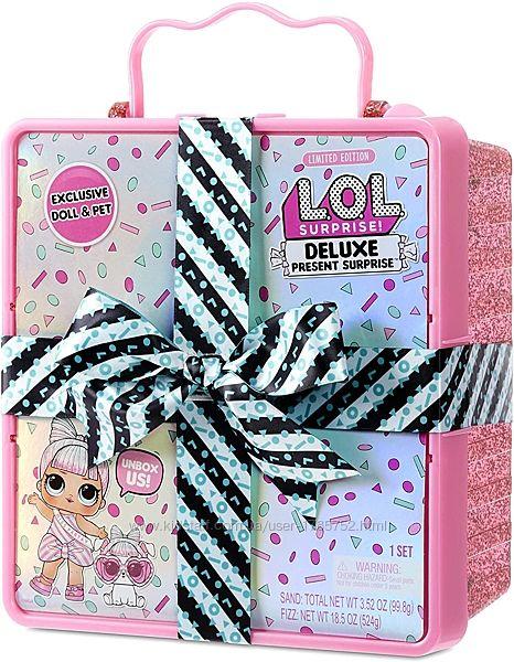 LOL Surprise Present surprise Суперподарок с эксклюзивной куклой розовый