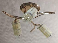 Люстра на 3 плафони потолочна  Направляюча  - Нова - Лампочки в Подарок