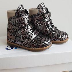 Ортопедическая обувь Ортопедические туфли, кроссовки