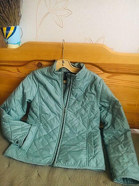 Детская демисезонная курточка на 10-11лет. gap.